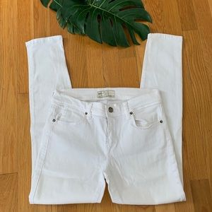 Free People white stretch jeans size 27